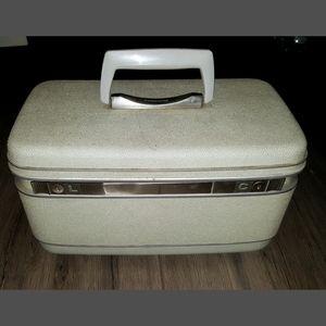 Vintage traincase, Samsonite, travel Luggage
